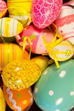 Preview iPhone wallpaper Colorful Easter eggs, painted
