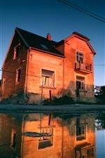 iPhone fondos de pantalla República Checa, ciudad, casa, estanque, reflejo de agua.