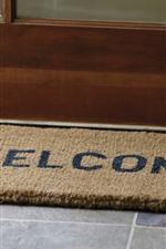 Preview iPhone wallpaper Doormat, door