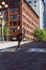 Menina dançando, cidade, EUA