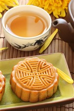 Preview iPhone wallpaper Mooncake, tea, Chinese culture