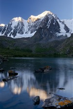 iPhone fondos de pantalla Montañas, cubiertas de nieve, lago, rocas