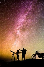 Preview iPhone wallpaper Night, starry, stars, sky, lovers, motorcycle, romantic