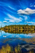 iPhone fondos de pantalla Noruega, lago, árboles, reflejo de agua, cielo azul, paisaje de naturaleza