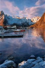 미리보기 iPhone 배경 화면 노르웨이, 산, 보트, 주택, 바위, 호수