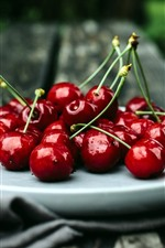 Preview iPhone wallpaper Plate, red cherry