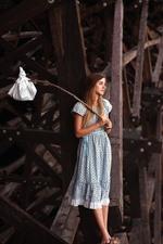 Sadness girl, bridge, rat
