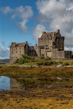 Preview iPhone wallpaper Scotland, Eilean Donan Castle, lake, water, clouds