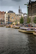 Amsterdam, Holanda, ciudad, río, barcos, casas, nubes