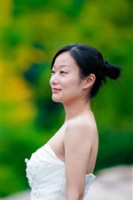 Preview iPhone wallpaper Asian girl, bride, side view, green background