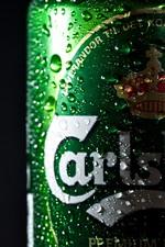 iPhone fondos de pantalla Cerveza, botella verde, gotas de agua, fondo negro