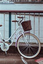 미리보기 iPhone 배경 화면 자전거, 울타리, 강, 도시