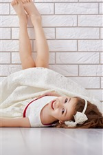 Preview iPhone wallpaper Happy Asian girl, lying on floor, red love heart, wall