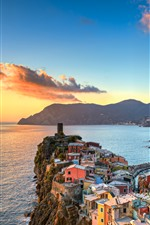 Preview iPhone wallpaper Italy, Cinque Terre, Ligurian Sea, beautiful village, mountains, sunset