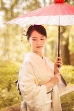 Encantadora chica japonesa, kimono, paraguas, árboles, otoño