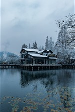 Preview iPhone wallpaper Beautiful snow scenery, Hangzhou, park, lake, trees, house, winter