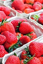 Preview iPhone wallpaper Many strawberries, fresh fruit