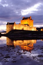 Preview iPhone wallpaper Scotland, castle, illumination, lake, night