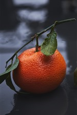 Preview iPhone wallpaper Two tangerines, water droplets