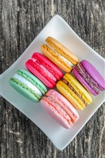Colorful macaron, delicious food