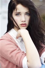 Preview iPhone wallpaper Emily Rudd 03