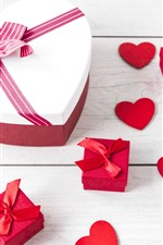 Preview iPhone wallpaper Love heart, box, gift, wood board