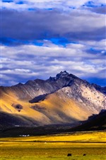 Preview iPhone wallpaper Nianbaoyuze, mountains, grassland, clouds, Qinghai, China