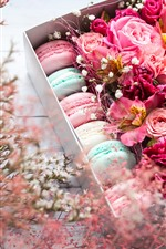 Preview iPhone wallpaper Pink flowers and macaron, gift