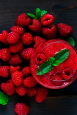 Preview iPhone wallpaper Red raspberry, smoothies, fruit