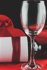 Preview iPhone wallpaper Two glass cups, wine, love heart, gifts
