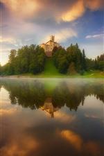 Lake, water reflection, castle, trees, fog, morning