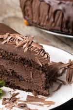 Uma fatia de bolo de chocolate, sobremesa, garfo