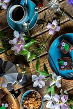 Dessert, chocolate cakes, coffee, coffee beans, flowers