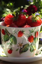 Preview iPhone wallpaper One cup of strawberry, fruit