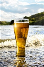 Preview iPhone wallpaper One glass cup of beer, sea, water