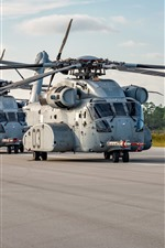 Sikorsky CH-53K heavy-lift cargo helicopter