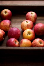 Preview iPhone wallpaper Some ripe apples, box