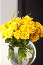 Preview iPhone wallpaper Yellow rose, vase, bouquet, gifts