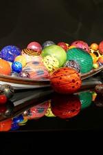 Esferas coloridas, barco, projeto 3D