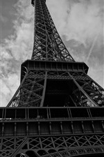 Preview iPhone wallpaper Eiffel Tower, black and white picture