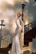 Preview iPhone wallpaper Fashion girl, blonde, bride, stairs, house