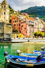 Preview iPhone wallpaper Italy, town, pier, boats, mountain, houses