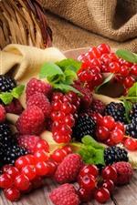 Preview iPhone wallpaper Basket, blackberries, raspberries, currants
