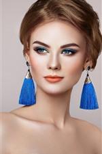 Menina bonita, moda, maquiagem, cabelo castanho, decoração