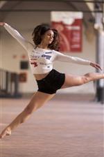 Preview iPhone wallpaper Dancing girl, pose, jump