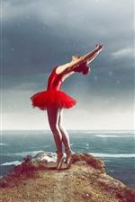 Garota dançando, saia vermelha, mar