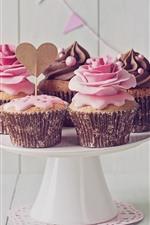 iPhone обои Некоторые кексы, сливки, любовное сердце, цветы