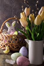 Tulipas amarelas, ovos, decoração, a Páscoa