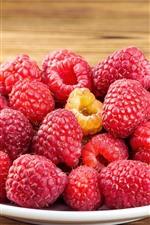 Preview iPhone wallpaper Many raspberries, fruit, berries