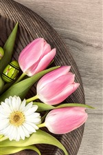 Preview iPhone wallpaper Pink tulips, green eggs, white daisy